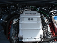mtm_s5_gt_supercharged_h_engine_01.jpg