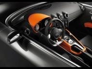 Audi-TT-Clubsport-Quattro-Study-Interior-Angle.jpg
